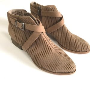Vince Camuto Casha ankle boots taupe perforated